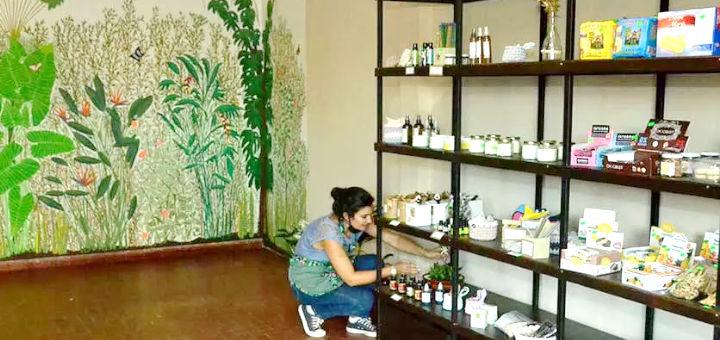 La nutricionista Florencia Varea ofrece en su tienda de Puerto Rico productos variados; es la favorita de quienes sufren intolerancia a algún alimento